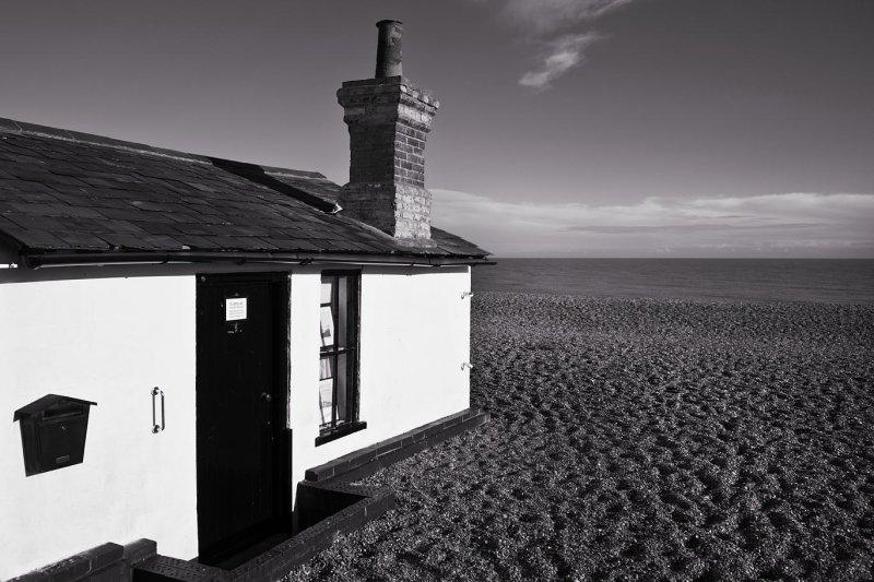 Beach Hut Mono
