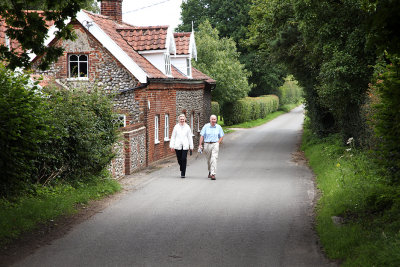 David and Irene Ramsbotham heading for the Village Pond for the meeting with the Judging Panel