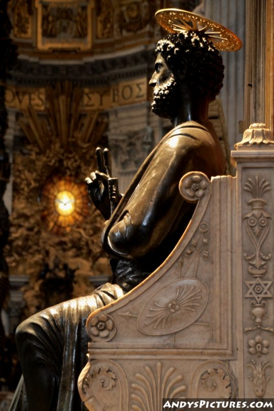 Bronze statue of Saint Peter, attributed to Arnolfo di Cambio