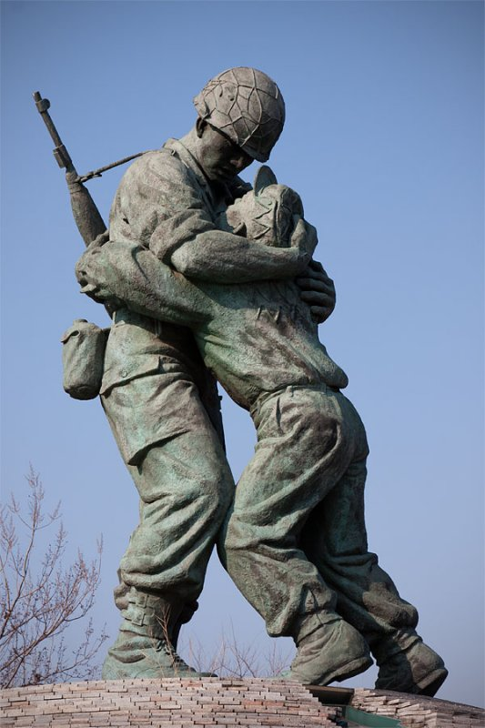 The Statue of two Brothers
