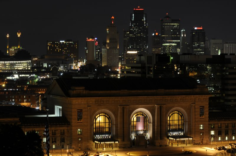Kansas City Night at 105mm