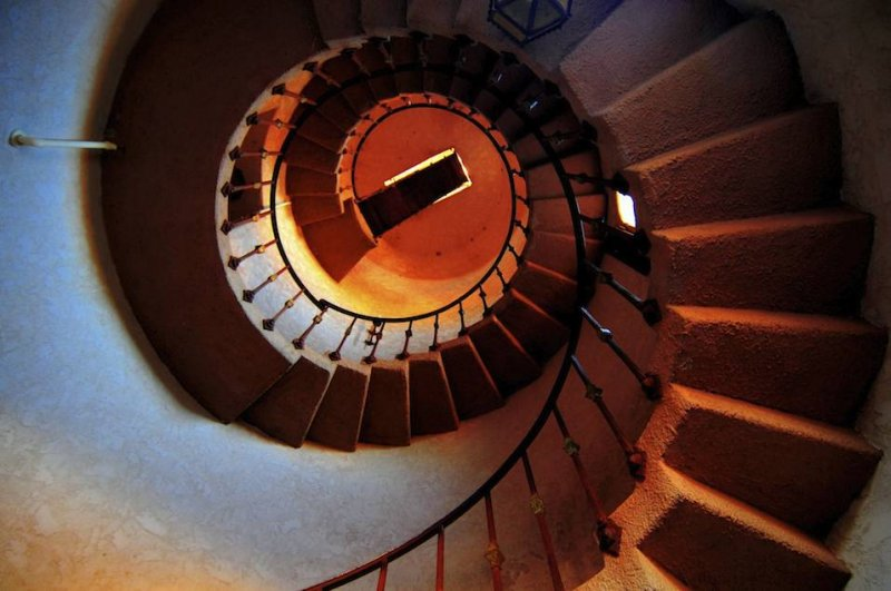 Staircase, Scottys Castle