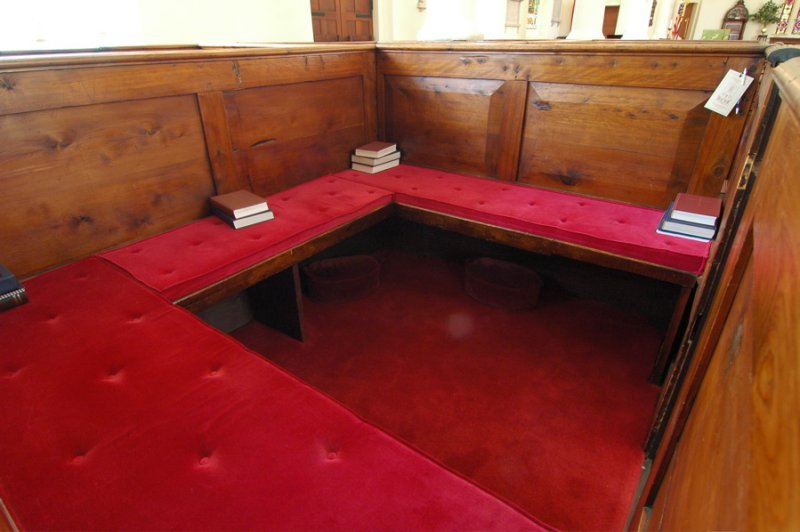 Enclosed Family Pew, Georgetown