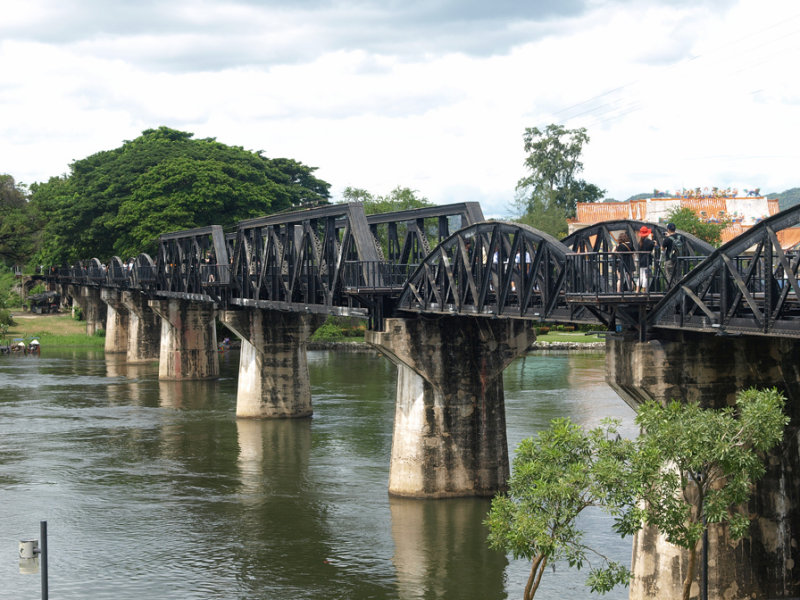 Kanchanaburi (reproduction of the Bridge over the River Kwae)