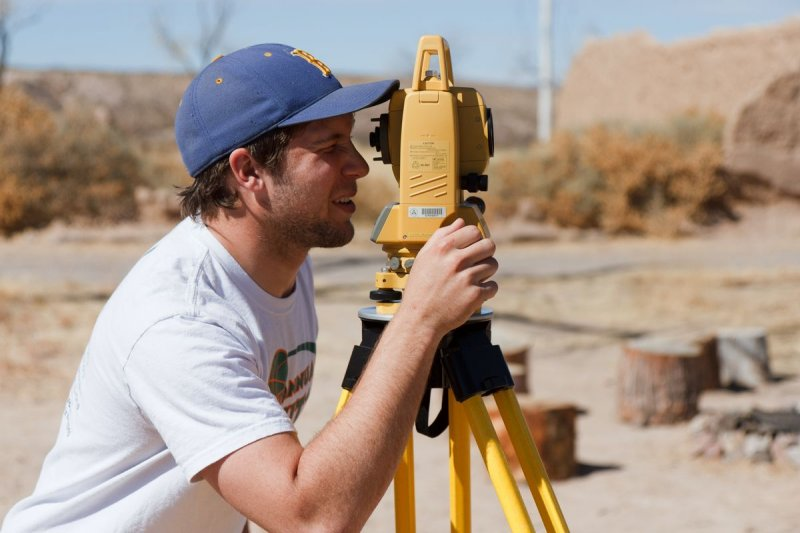 Braden Dimitroff (Archaeology mapping class)