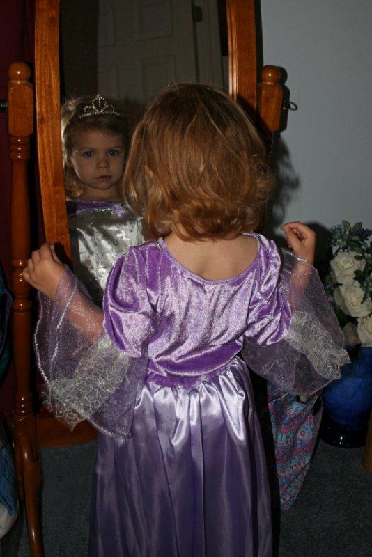 Emma in Mirror<BR>December 22, 2007