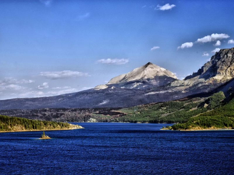 Glacier Mountains and Lake