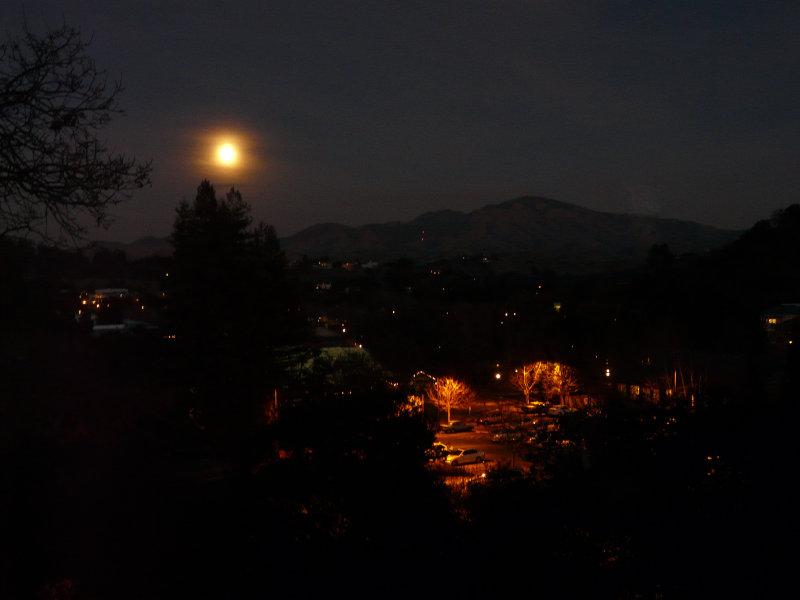 Moon Rising over Diablo