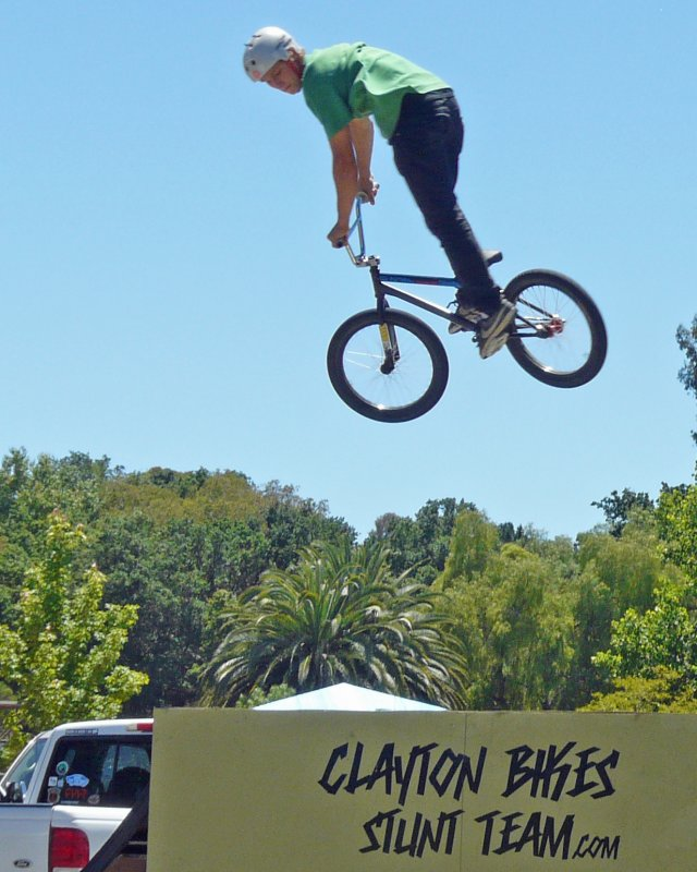 BMX Stunt Rider8.jpg