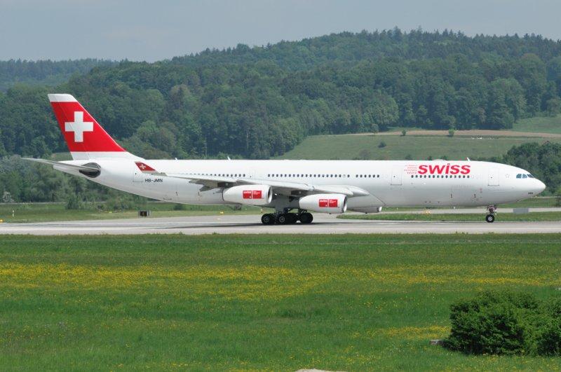 Swiss Airbus A340-300 HB-JMN