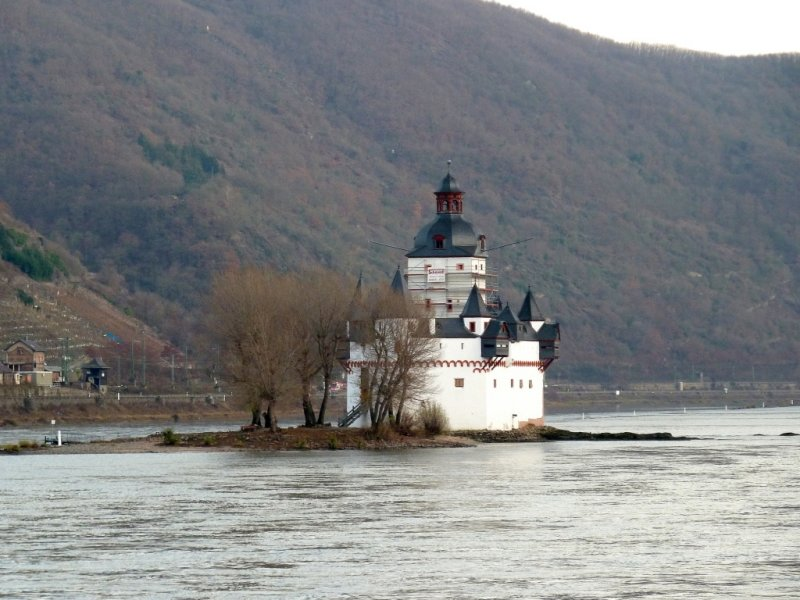 Castle Pfalzgrafenstein (1326 AD) was a Toll Castle in the Middle of the Rhine