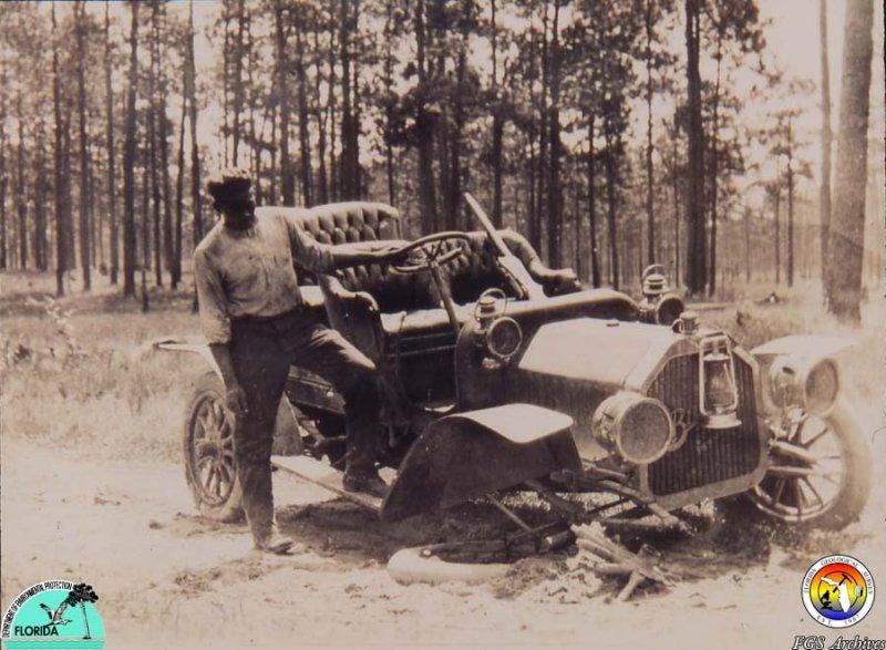 Old FGS Vehicle Broken down.jpg