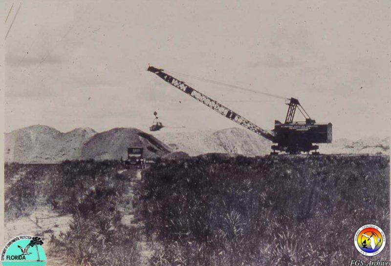 Old Phosphate mine 2.jpg