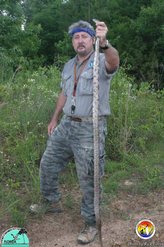 Will Evans with Snake 02.jpg