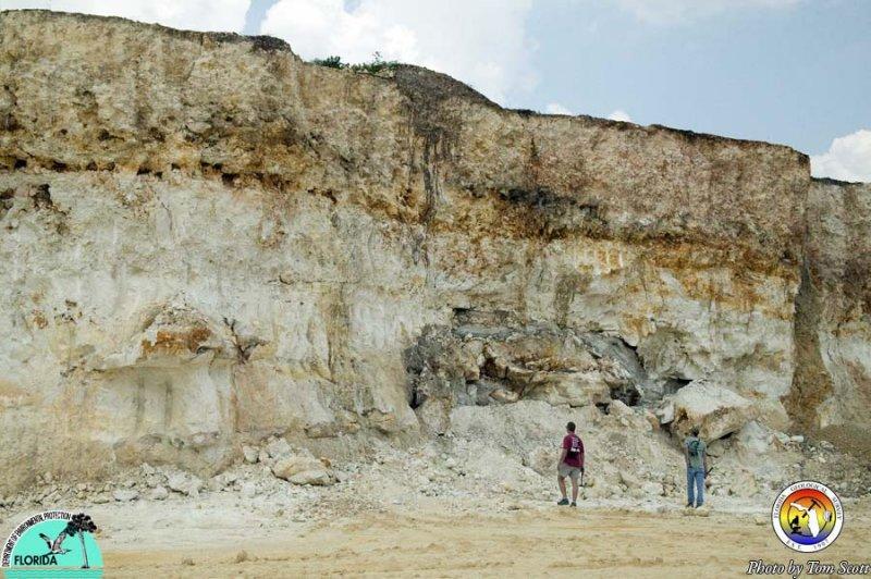 Karst features Vulcan Quarry Hernando co3.jpg