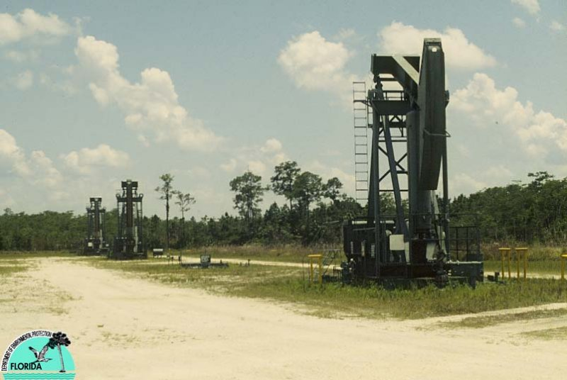 Oil well Pumps S Fl.jpg