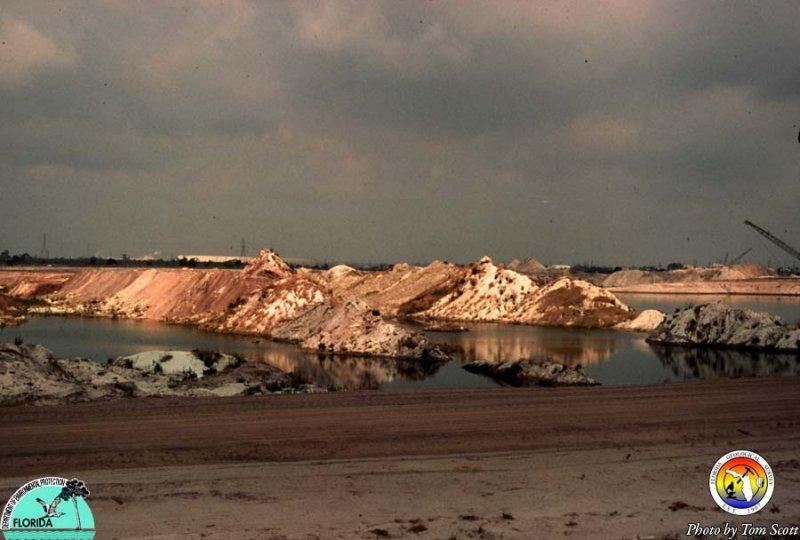 Phosphate mine Polk Co.jpg