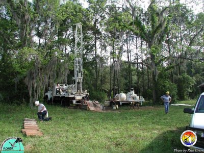 CME Drill Rig Hi Cal Quarry, Marianna.jpg