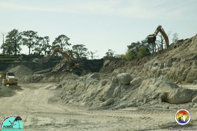 Dickerson Indrio Pit overburden removal.jpg