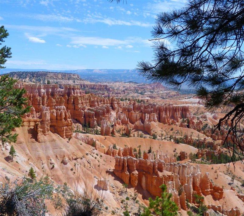 172 Bryce Canyon Navajo Queens Hike 47.jpg