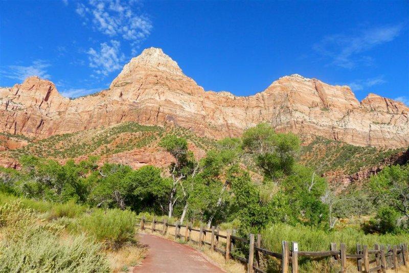 335 Zion Parus Trail 2.jpg