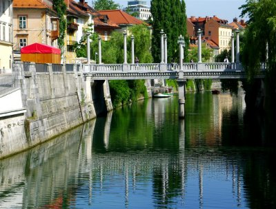 206 Cobblers Bridge, Ljubljana.jpg