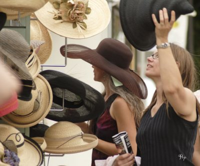July 22, 2006 - Hats at the Art Fairs
