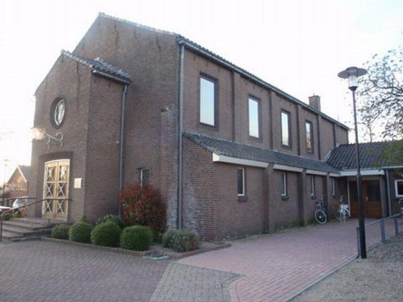 Sibculo, geref kerk PKN 12 [004], 2011.jpg