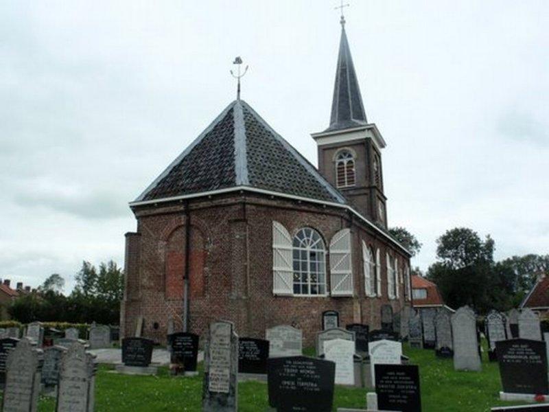Uitwelleringa, PKN kerk 15 [004], 2011.jpg
