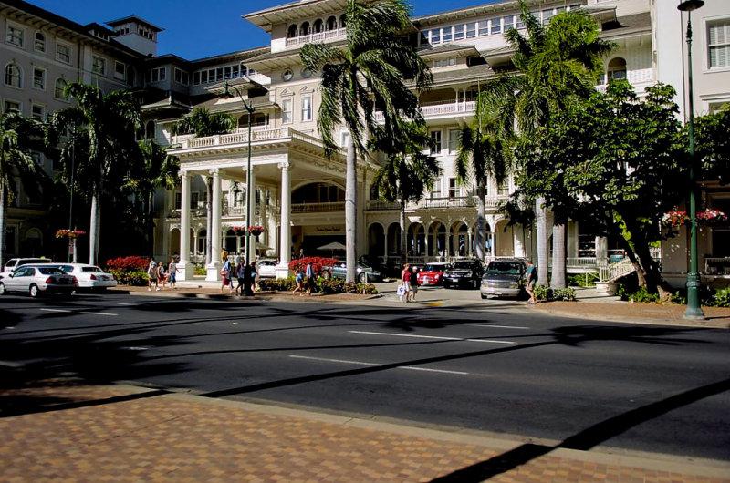 Mona Surfrider Hotel