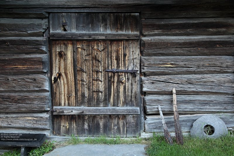 Nordic doors