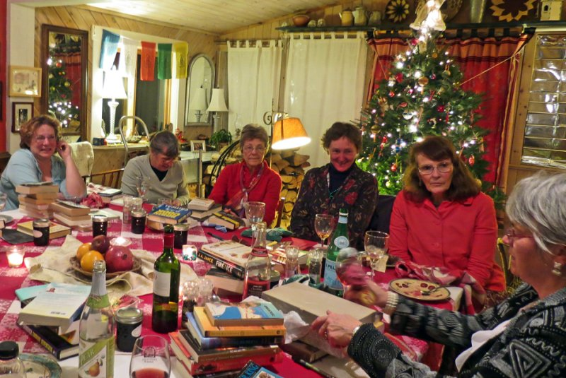 VT Bookclub at Christmas time