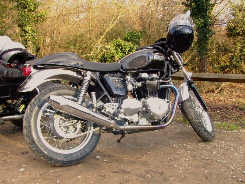 Triumph  Bonneville  900  Thruxton