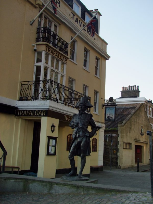 Statue  of  Horatio  Nelson
