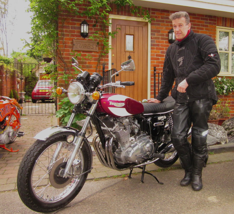 Triumph  Trident  T160 engine,with owner.