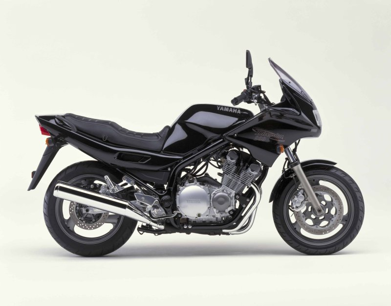 Yamaha XJ900S Diversion