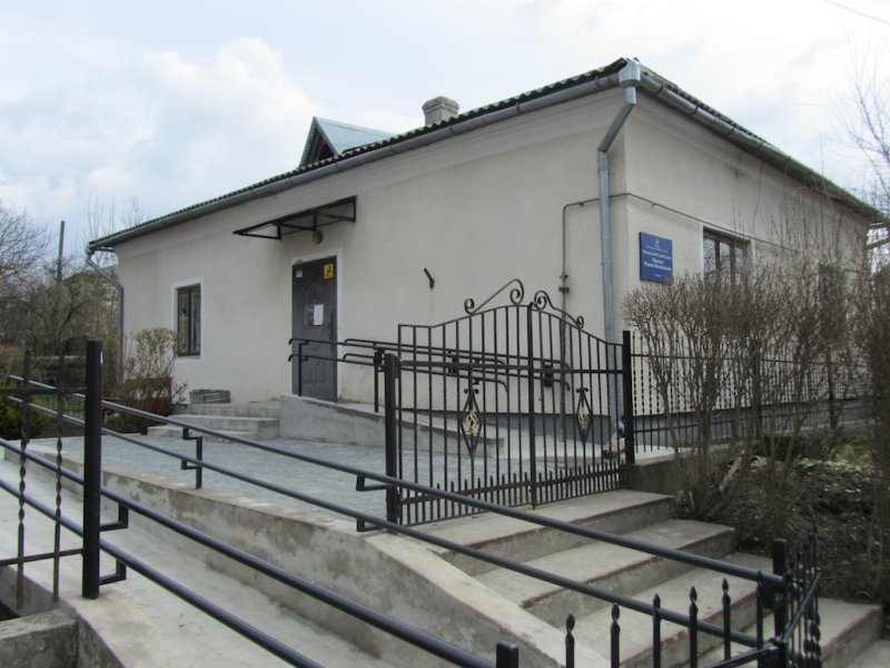 the town museum, which has a small historical display