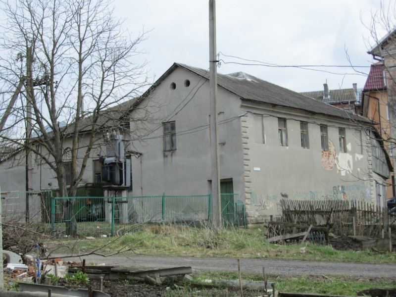 walking around town; one of the former synagogues, now a private building