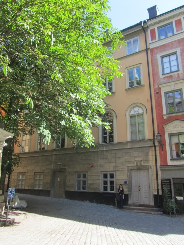 this building on Gamla Stan was a synagogue from 1795 thru the 19th-c.