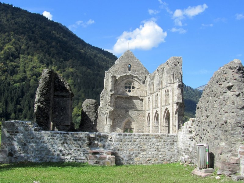 another day, at the abbaye dAulps, a 30km drive into the Chablais region