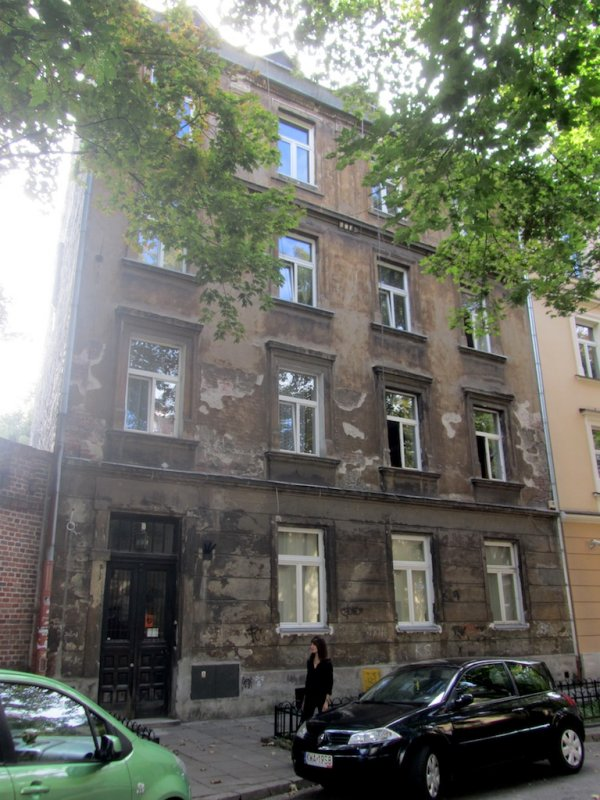 this is an apartment building where Bronia lived as a student