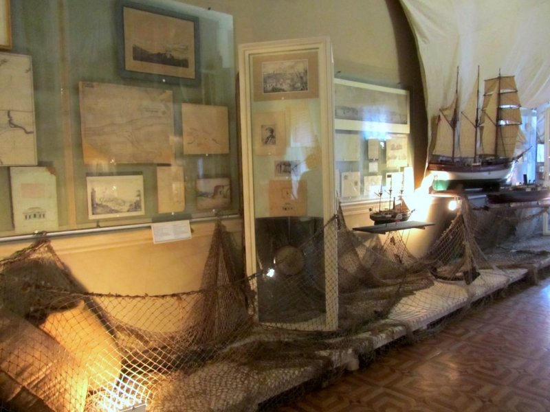 the museum holds maps, models, and documents representing many periods of struggle for control of the city