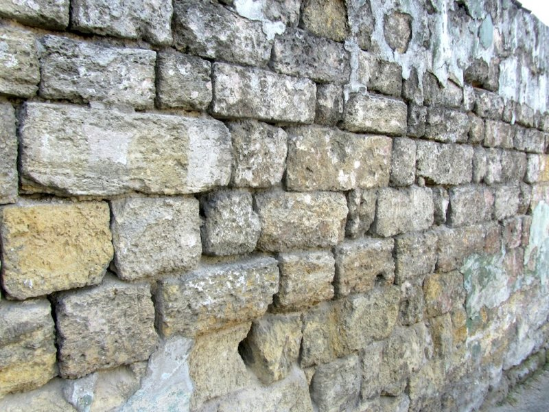 much of the city was built of shellstone quarried under the streets