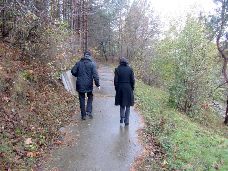 leaving Kamenets-Podolsky with Alex, our first stop is a former phospate mine near Dunaivtsi, ...