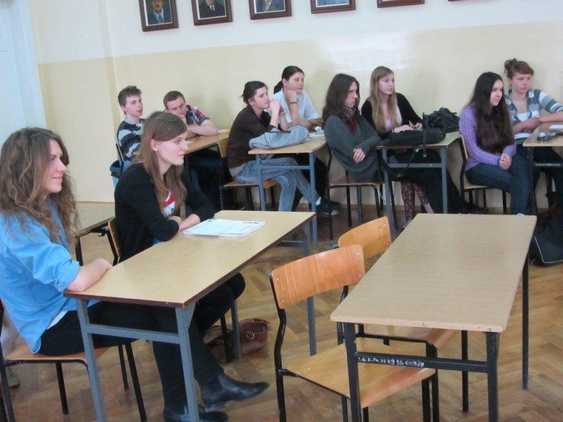 The English students of teacher Dominika Michalska (student Katarzyna Majcherczak on the left)
