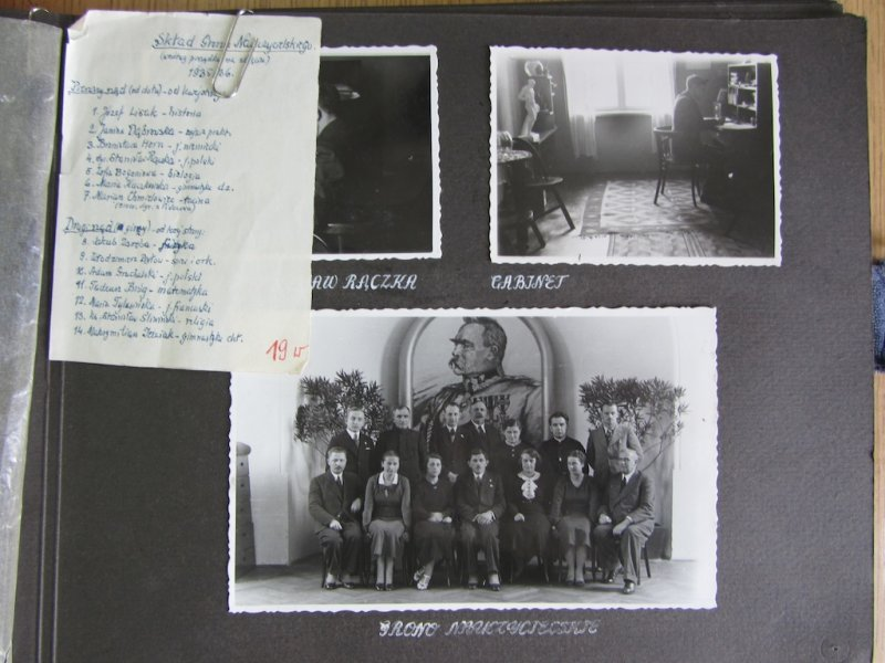 Inside of the 1935/36 school book, showing Bronia HORN among other teachers, as well as a list of courses taught that year