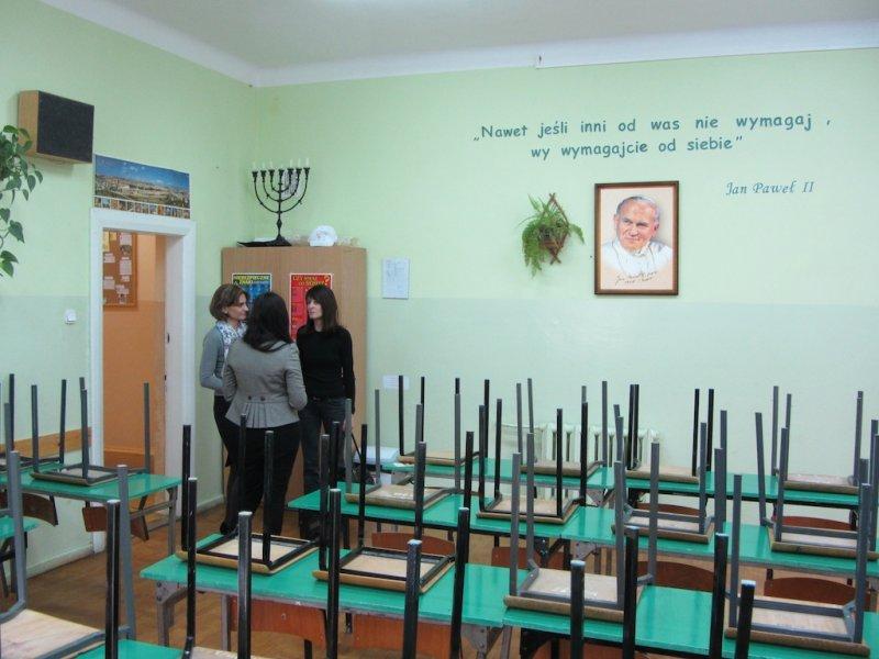 With teachers Barbara Galant and Dominika Michalska in the classroom of religion