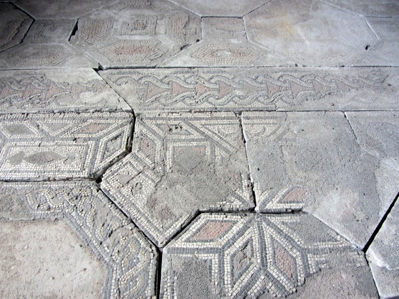 a few mosaic floors (and ceilings!) remain
