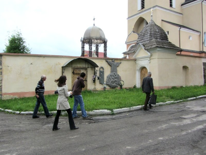 now we visit the Ukrainian church, which bordered the Jewish Ghetto during WWII
