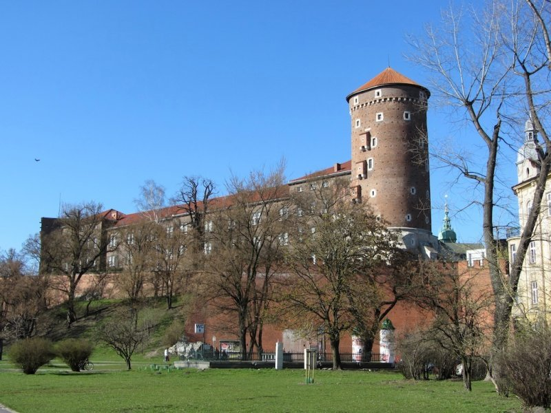 Wawel castle seen from the riverside walk